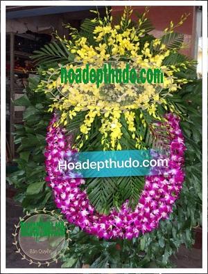 Vòng hoa kiểu ovan lan Tím miền Bắc mới và sang trọng nhất ở Hà Nội