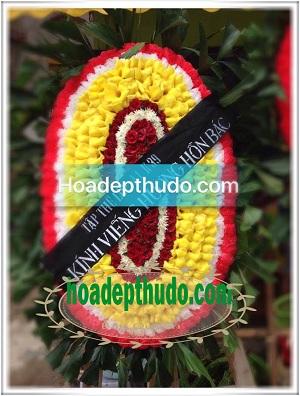 Vòng hoa ovan kiểu truyền thống miền bắc có giá 300k-400k-600k đẹp