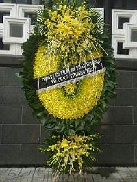 vòng hoa lan ovan tại 103 hà đông