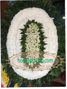Vòng hoa trắng viếng người mất trẻ tuổi, bé sơ sinh