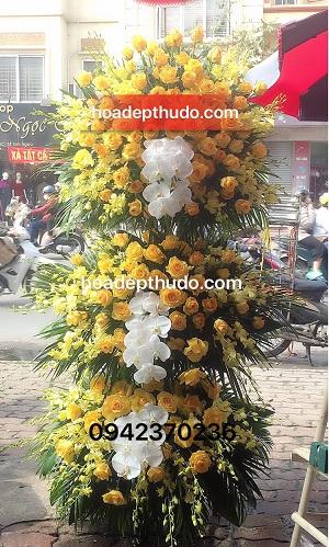 vòng hoa tang lễ tại 125 phùng hưng đẹp